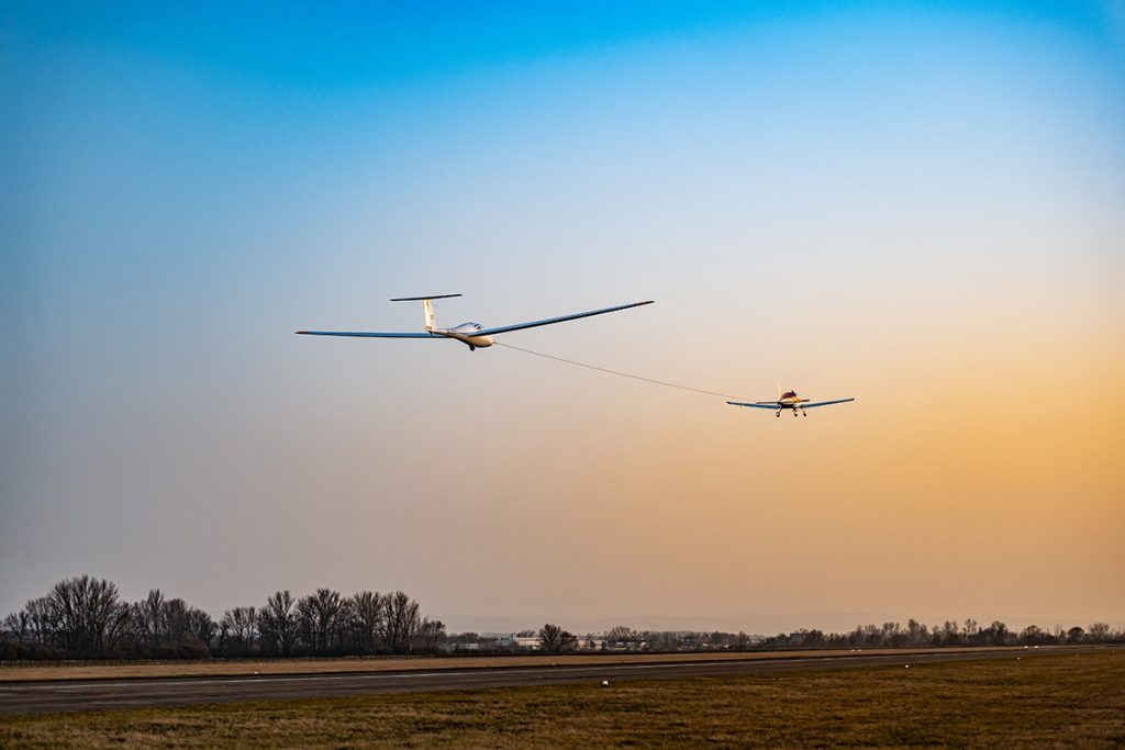 Towing the glider by BRISTELL airplane