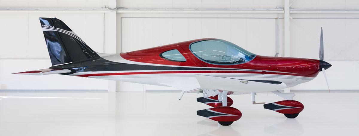 012 Design pearl ruby red & dark grey & traffic white & silver